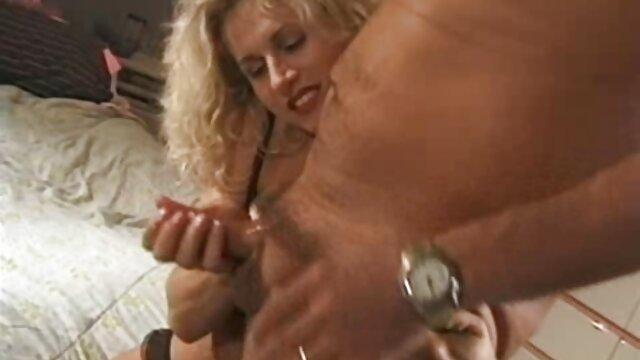 Yuki Touma chupando pollas porno español sub y sexo pov