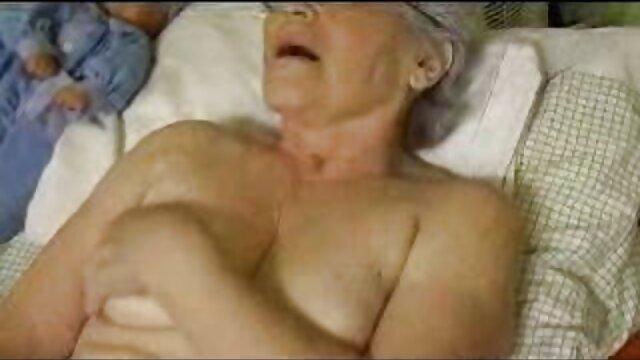 Señoras en el cuarto de damas videos anime porno sub español