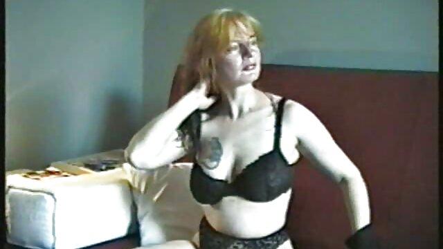 Chica rubia videos hentai gratis sub español salpicada de semen