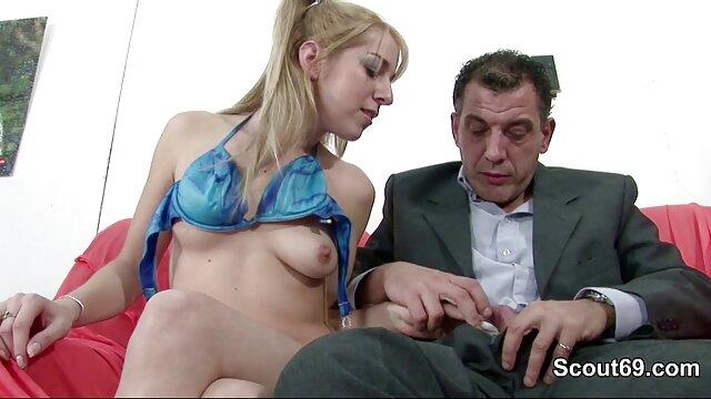 Lucky Guy llega a correrse sobre su chica caliente varias veces porno anime subtitulado al español