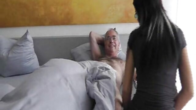 Gran culo gal Moka Mora obtiene hentai sex sub español anal profundo