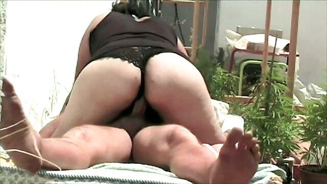 ¡Negociando desde porno masajes sub español un puesto de pan!