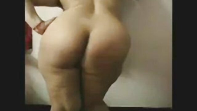 Maduro en falda folla porno de anime sub español negro